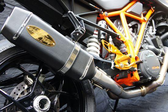 画像2: KTM 1290 SUPER DUKE R/SE TRエキゾーストシステム スリップオン カーボンヘキサゴンサイレンサー