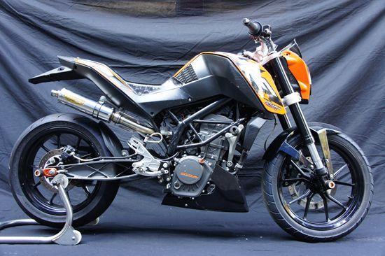 画像1: KTM DUKE125 TRエキゾーストシステム SUS Φ83x280 レース用